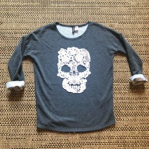 Skull 💀 Halloween 🎃 Crew Sweater by H&M Size 2